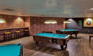 billiards-room-at-marriott-conference-center-at-nced-norman